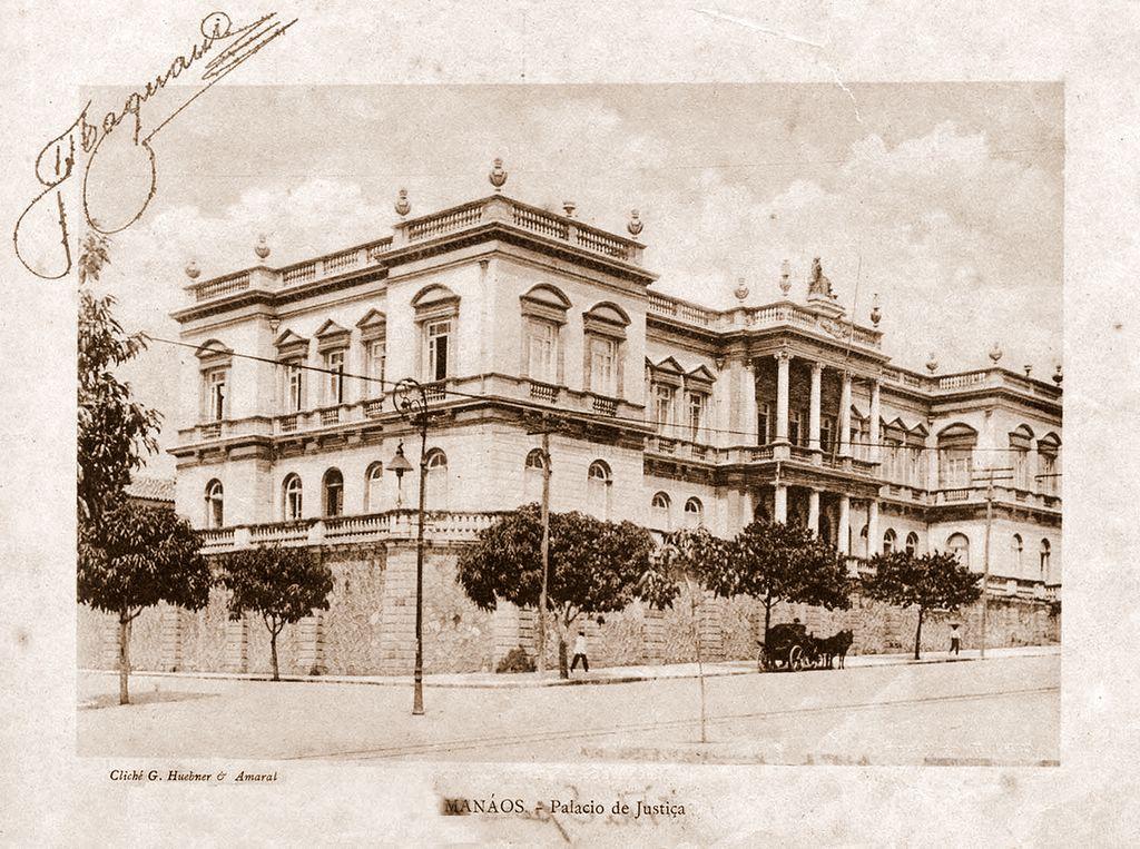 A Beleza do Palácio da Justiça