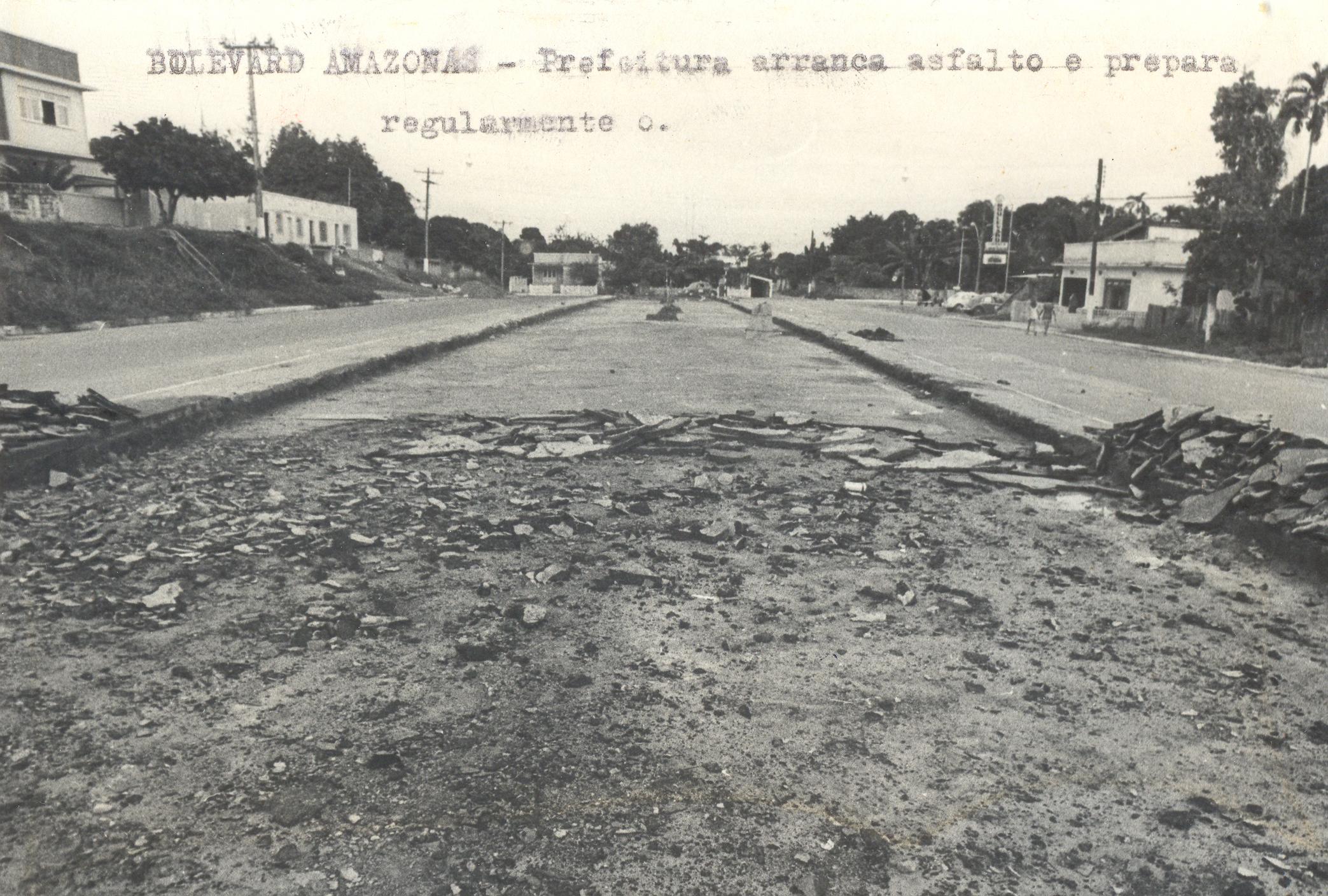 Boulevard Amazonas recebe novo asfaltamento