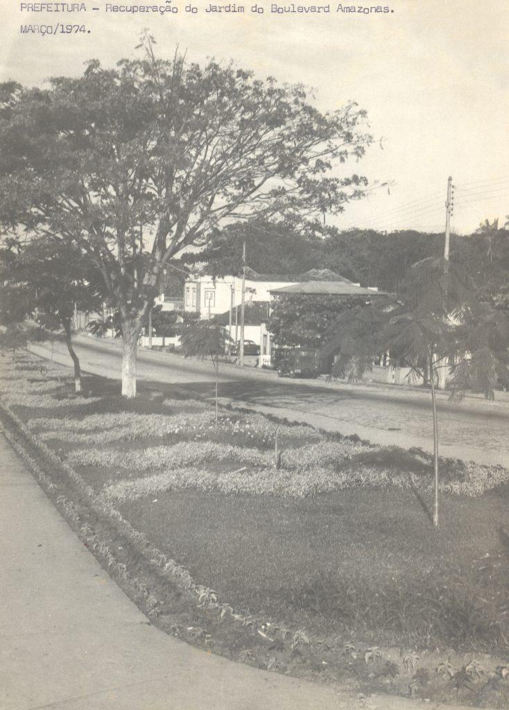 Recuperação dos jardins do Boulevard Amazonas - IDD
