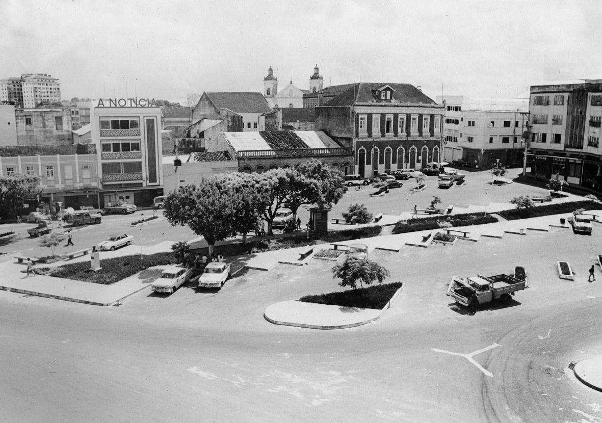 Praça Tenreiro Aranha Remodelada
