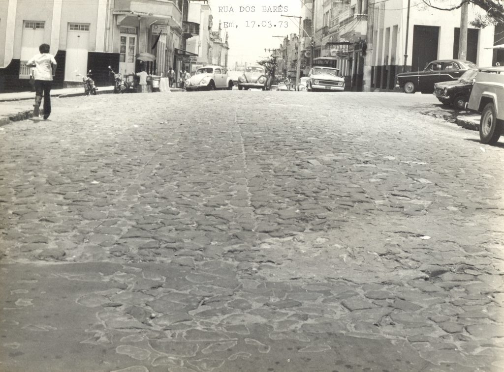 Trecho da rua dos Barés de Manaus - Instituto Durango Duarte