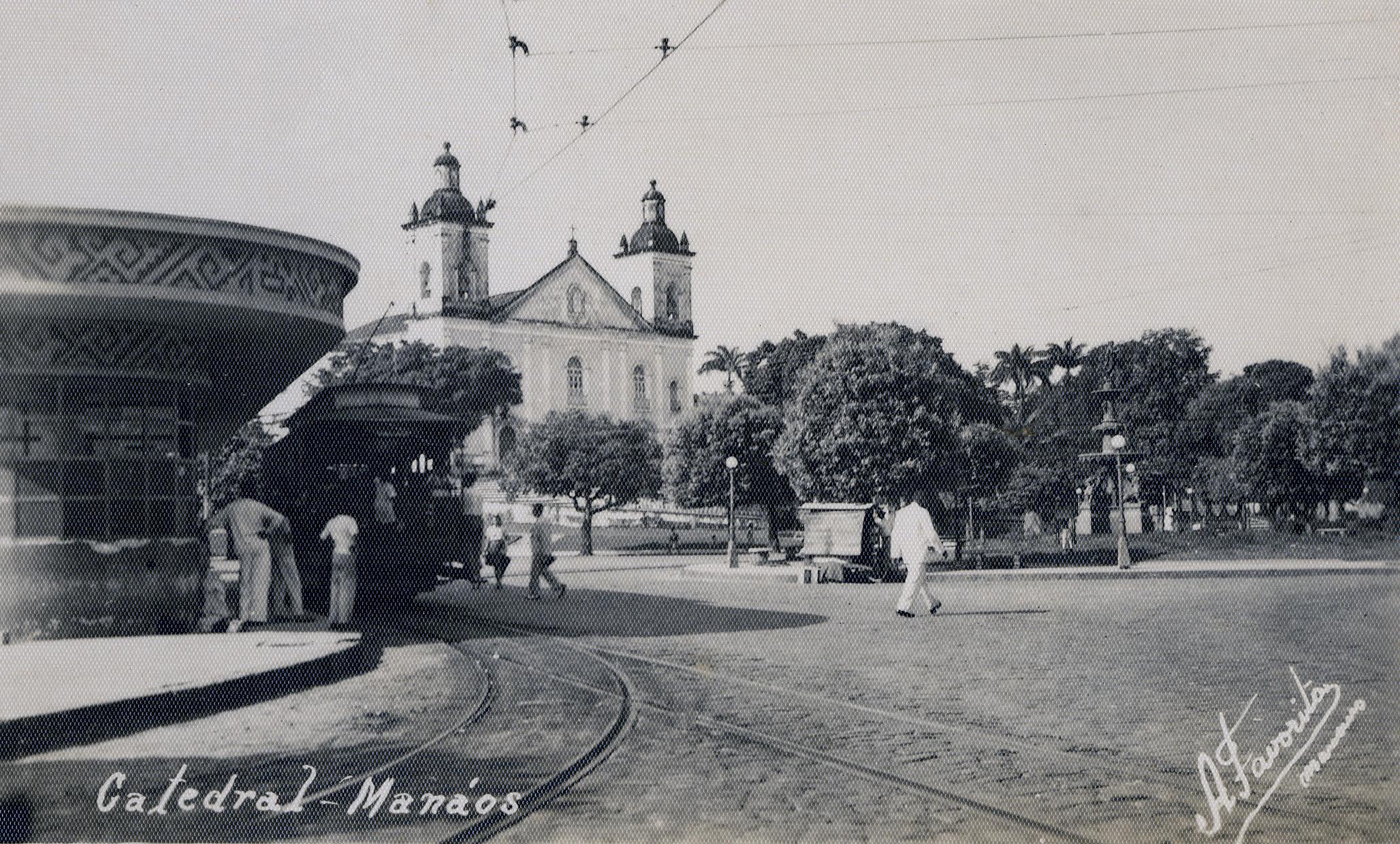 Tabuleiro da Baiana na Praça da Matriz - Instituto Durango Duarte