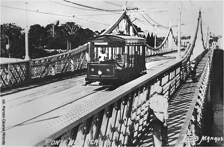 Bonde trafegando pela Ponte Benjamin Constant - IDD