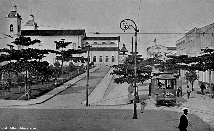 Vista lateral da Igreja Matriz - Instituto Durango Duarte