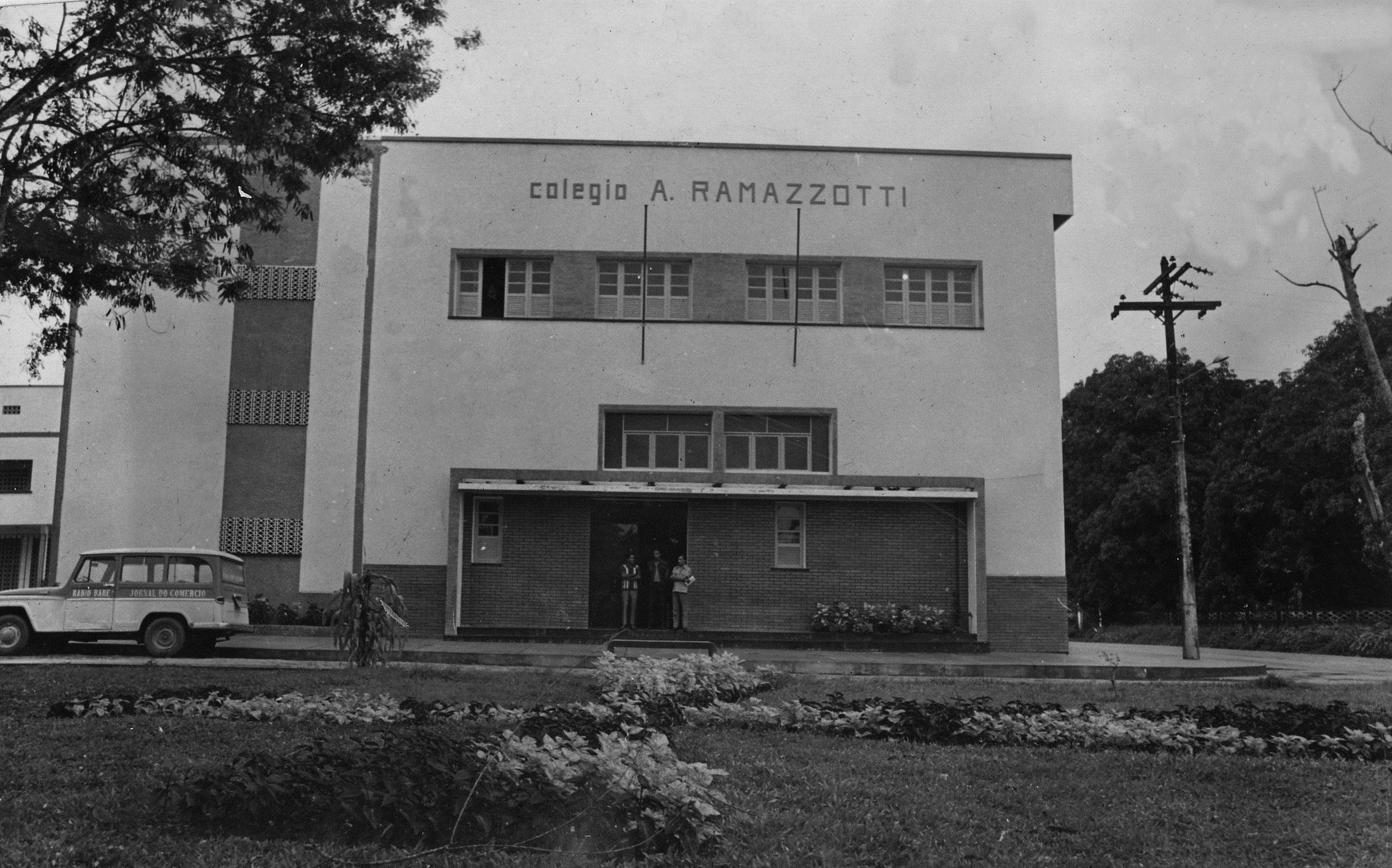 Fachada do Colégio Ângelo Ramazzotti