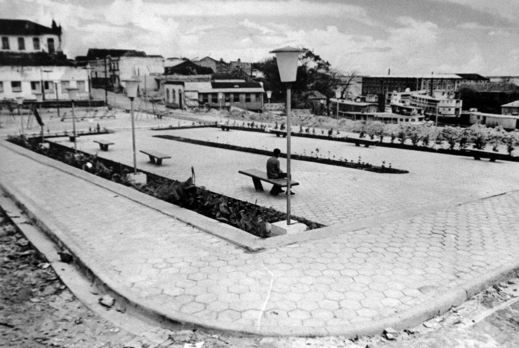 Praça Francisco Queiroz