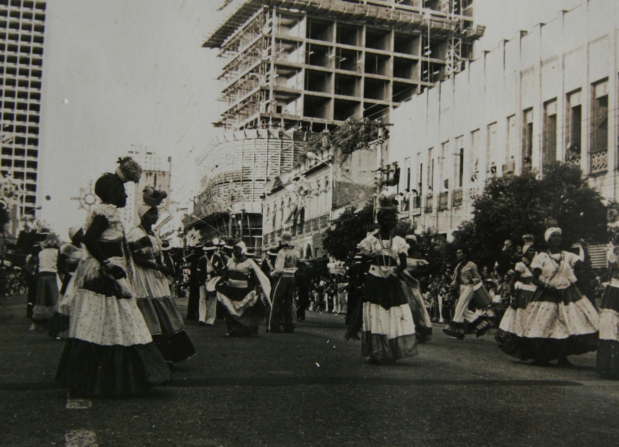 Carnaval na Eduardo Ribeiro - Instituto Durango Duarte