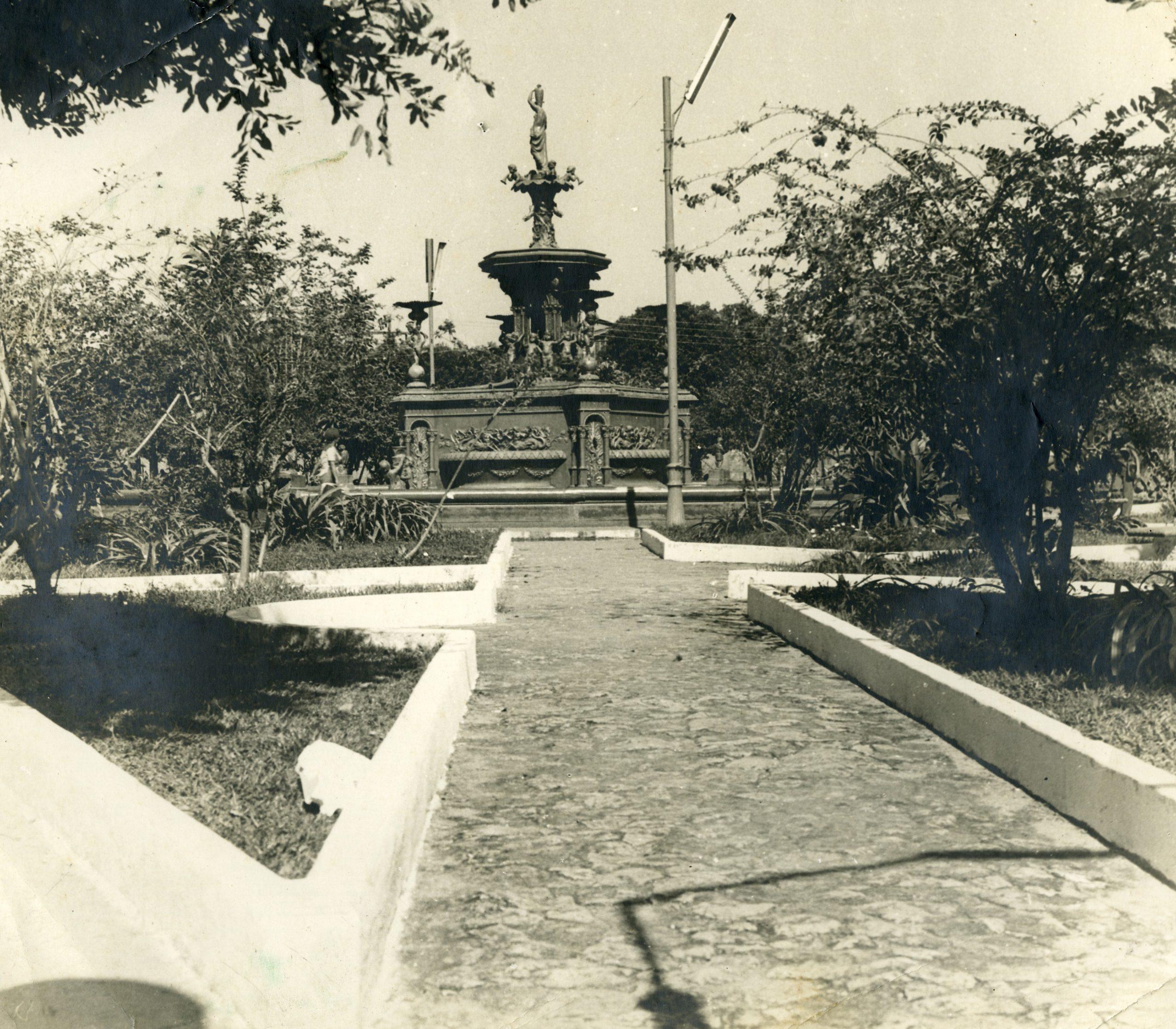 Chafariz da Praça da Matriz - Instituto Durango Duarte
