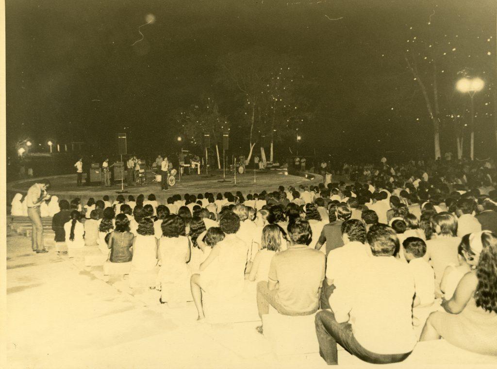 Anfiteatro do Parque Dez - Instituto Durango Duarte 1970