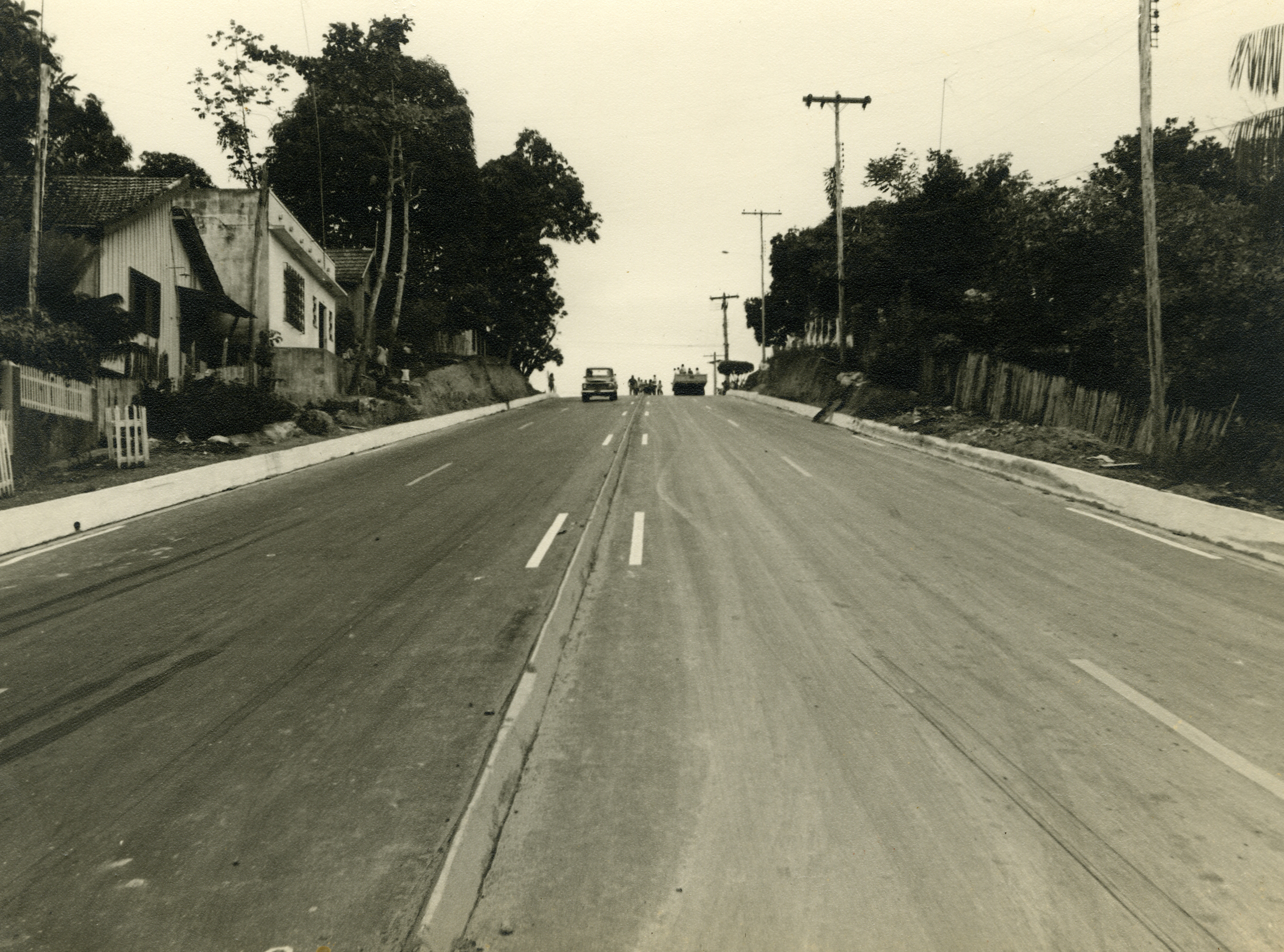 Fotografia da Avenida Paraíba Pavimentada e Urbanizada - IDD