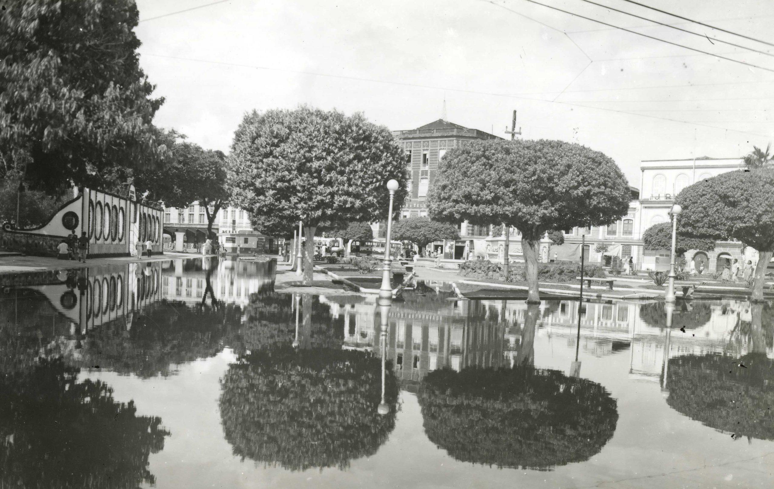 Cheia de 1953 em Manaus - Instituto Durango Duarte