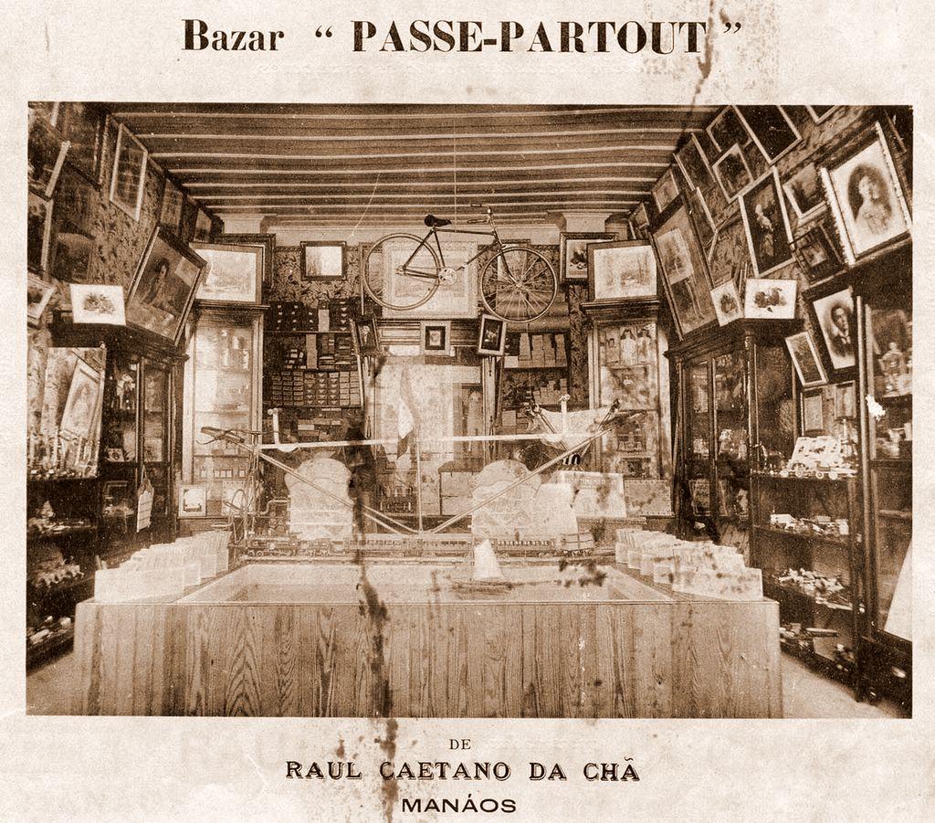 Interior do Bazar Passe-Partout