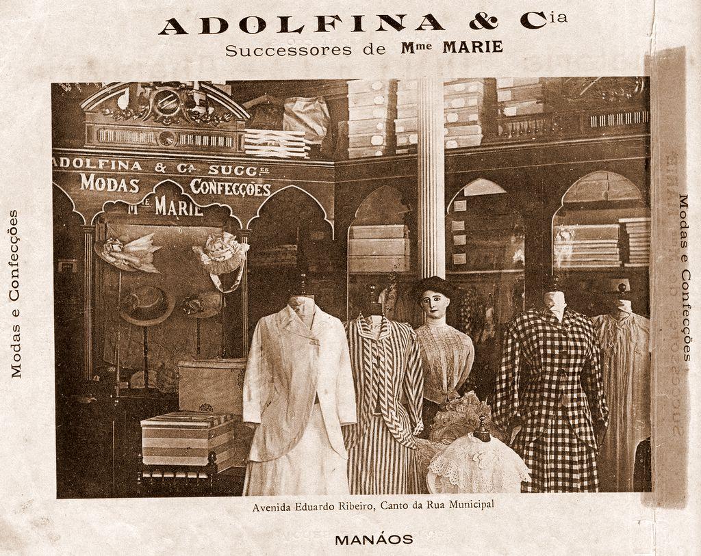 Parte Interna da Loja de Moda Adolfina & Cia