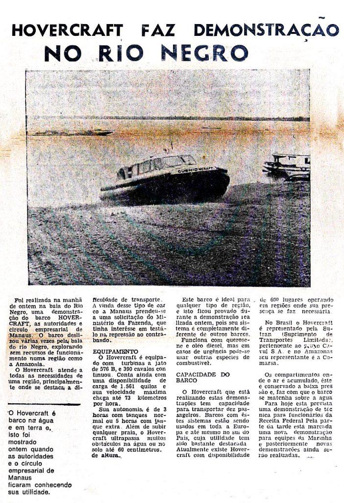 Demonstração do barco Hovercraft