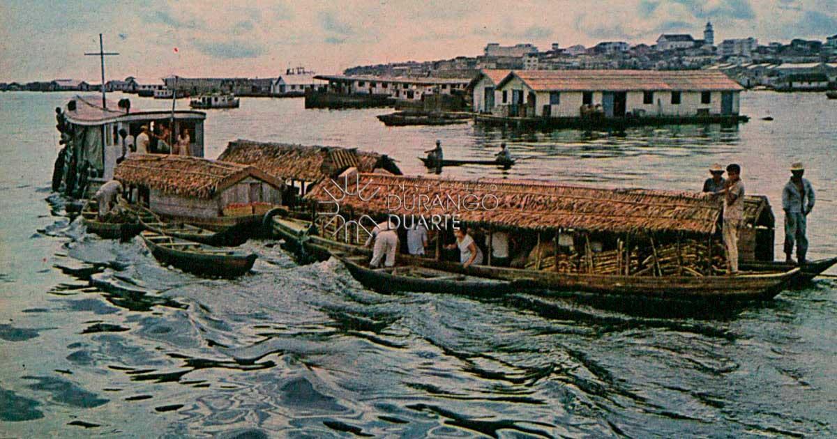 Ao longo do Amazonas - Chegada de um navio