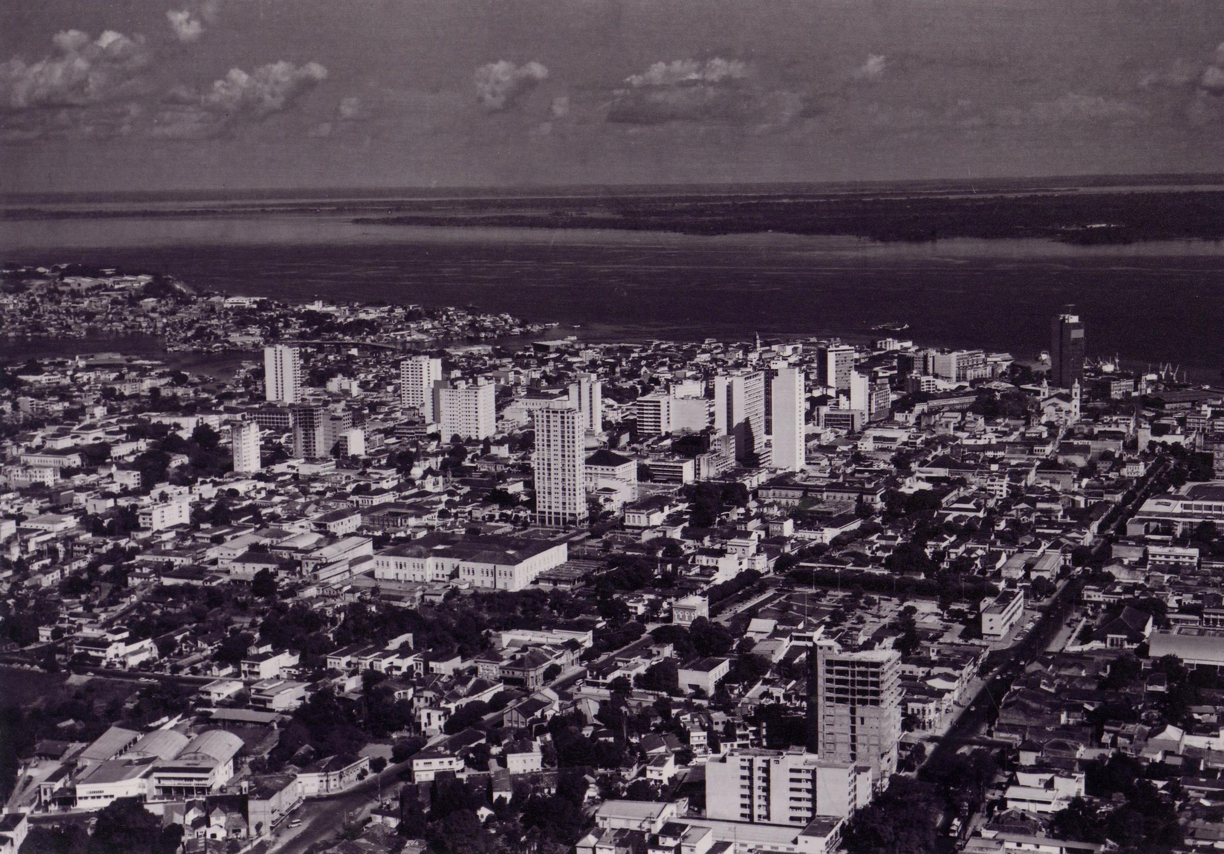 Fotografia aérea do Centro de Manaus - Instituto Durango Duarte