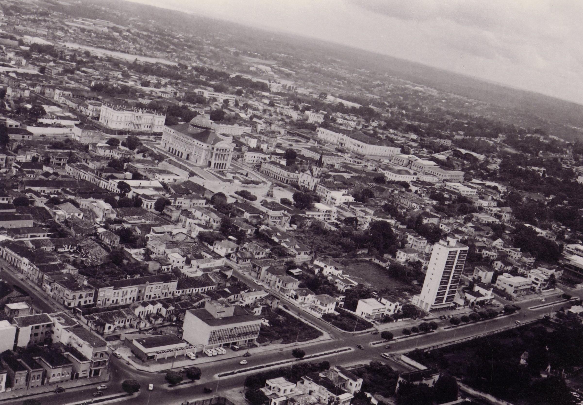 Fotografia aérea da Avenida Getúlio Vargas - Instituto Durango Duarte
