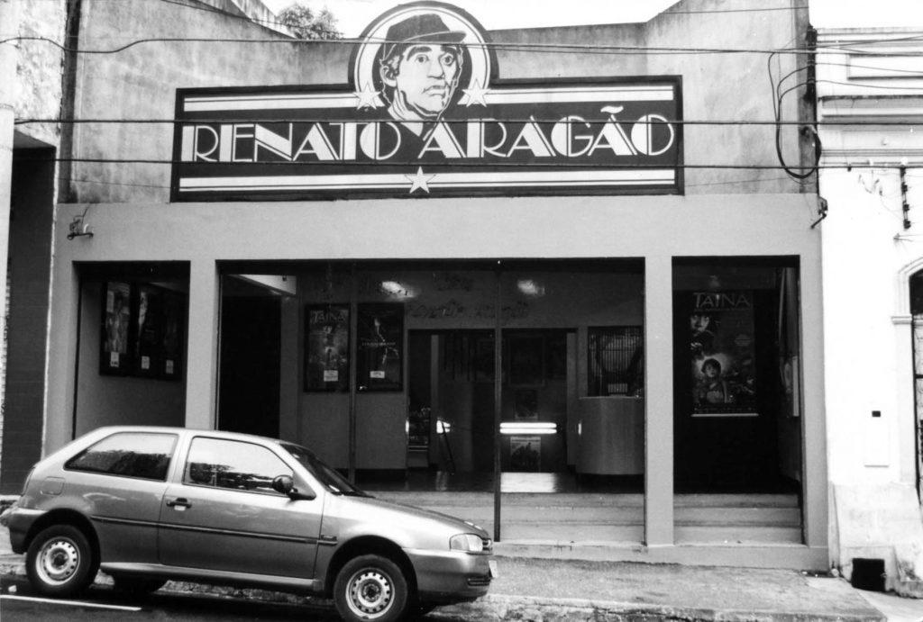 Cine Renato Aragão na Avenida Dez de Julho
