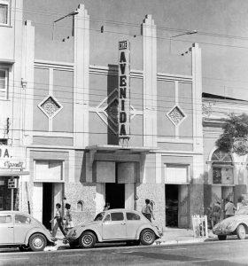 Cinema Avenida na década de 1970 - Instituto Durango Duarte