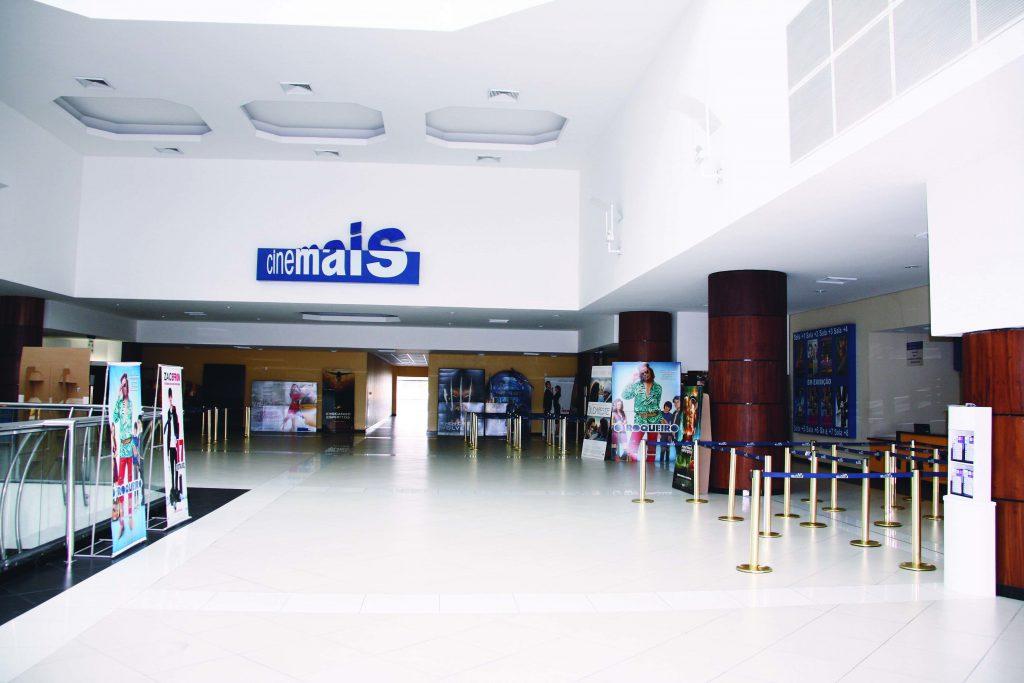 Vista do Hall de Entrada do Cinemais