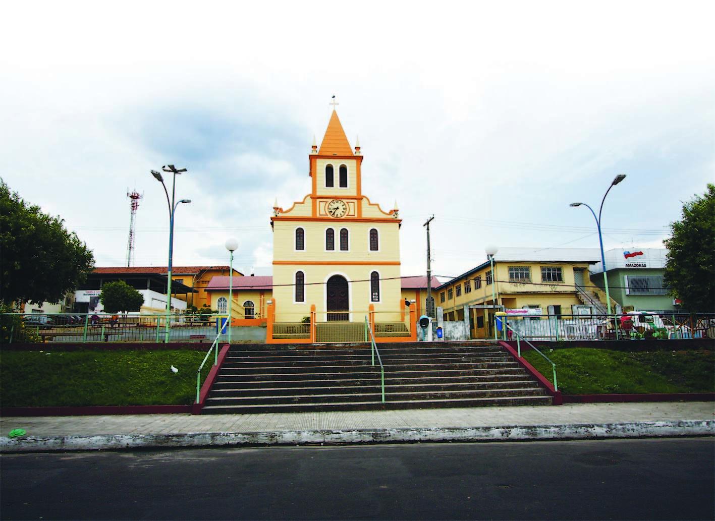Vista da Fachada da Igreja de São Raimundo
