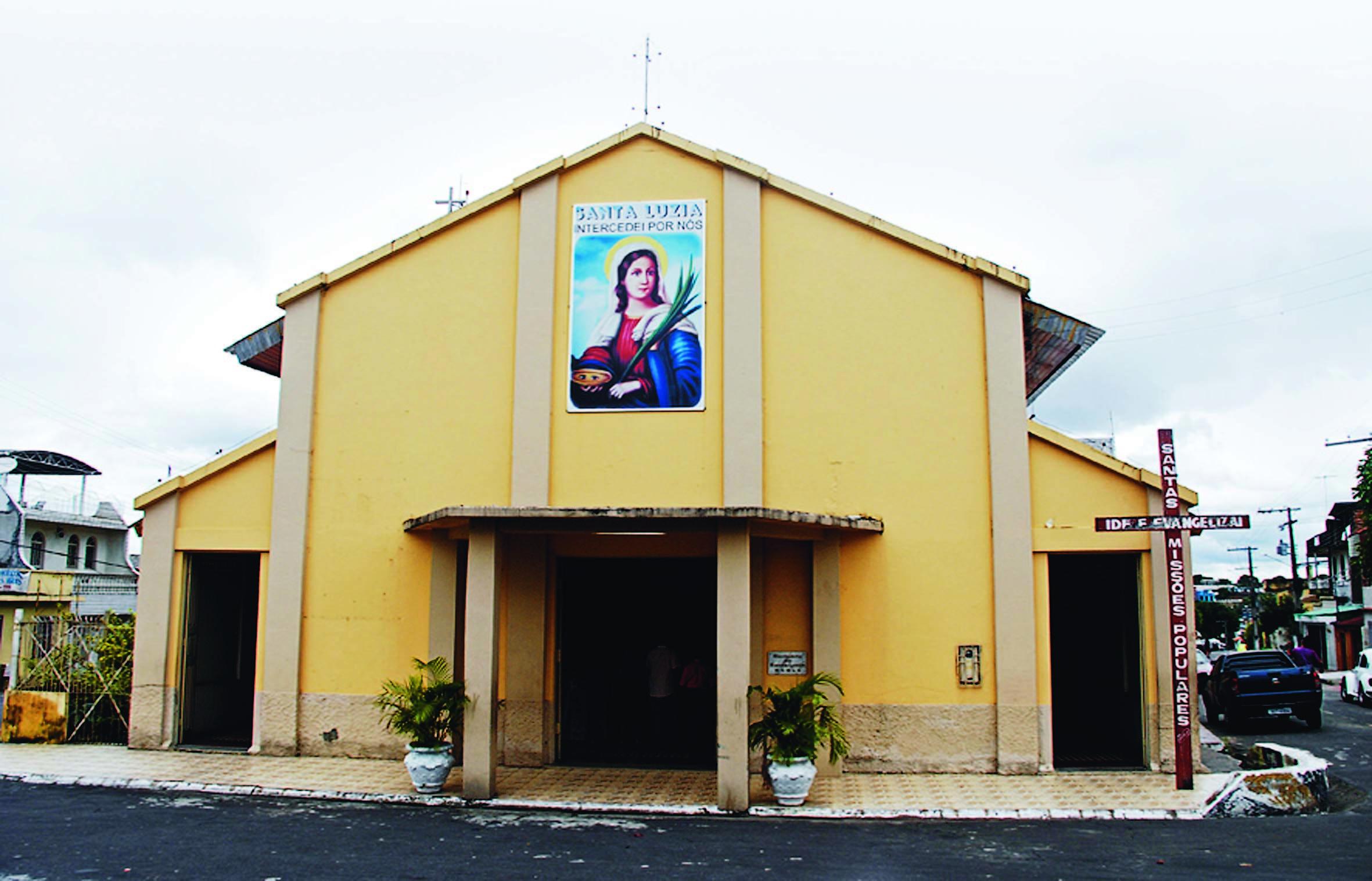 Fachada da Igreja de Santa Luzia