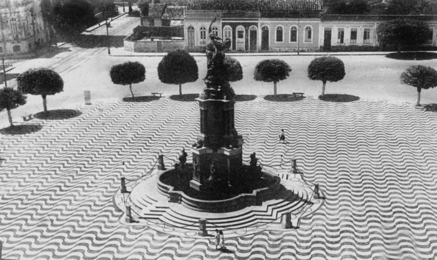 Durango Duarte - Monumento à Abertura dos Portos
