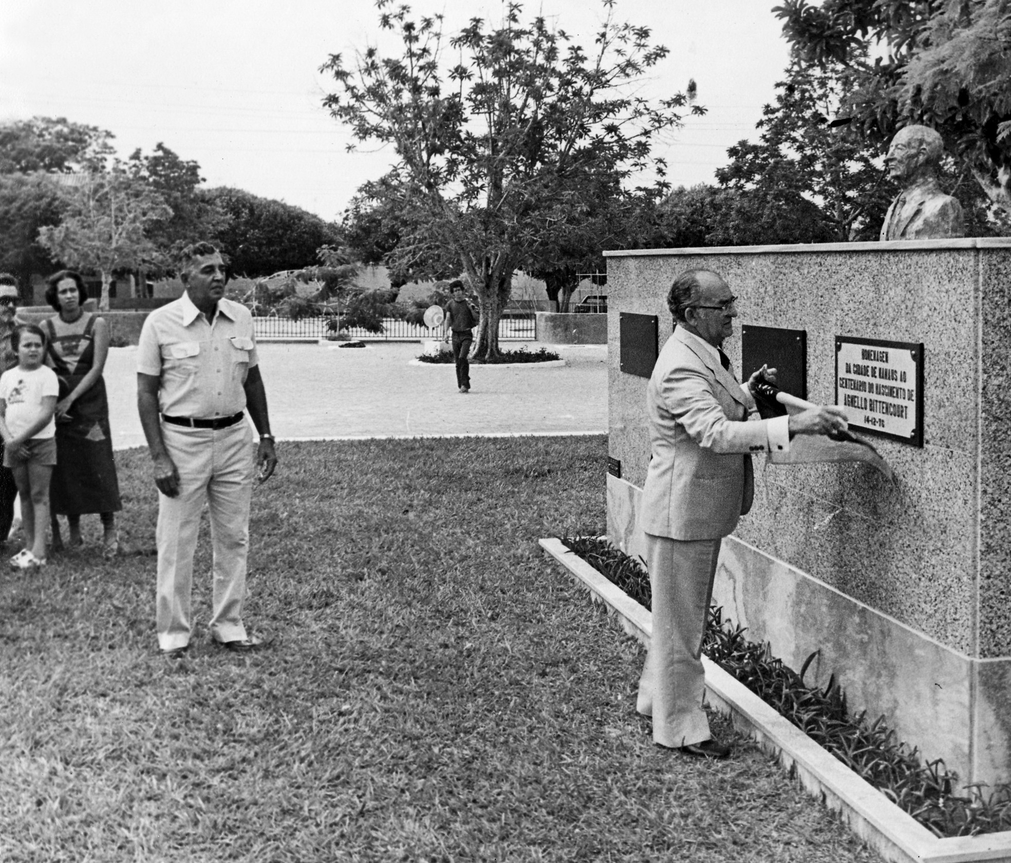 Monumento a Agnello Bittencourt