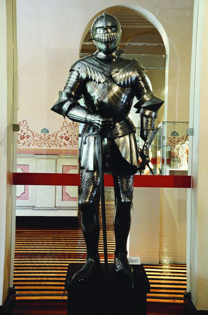 Museu Tiradentes Instalado no Palacete Provincial