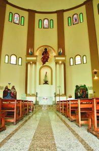 Durango Duarte - Nave central da Igreja de Nossa Senhora de Fátima
