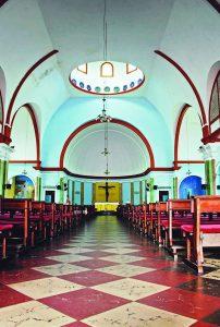 Durango Duarte - Nave central da Igreja São José Operário