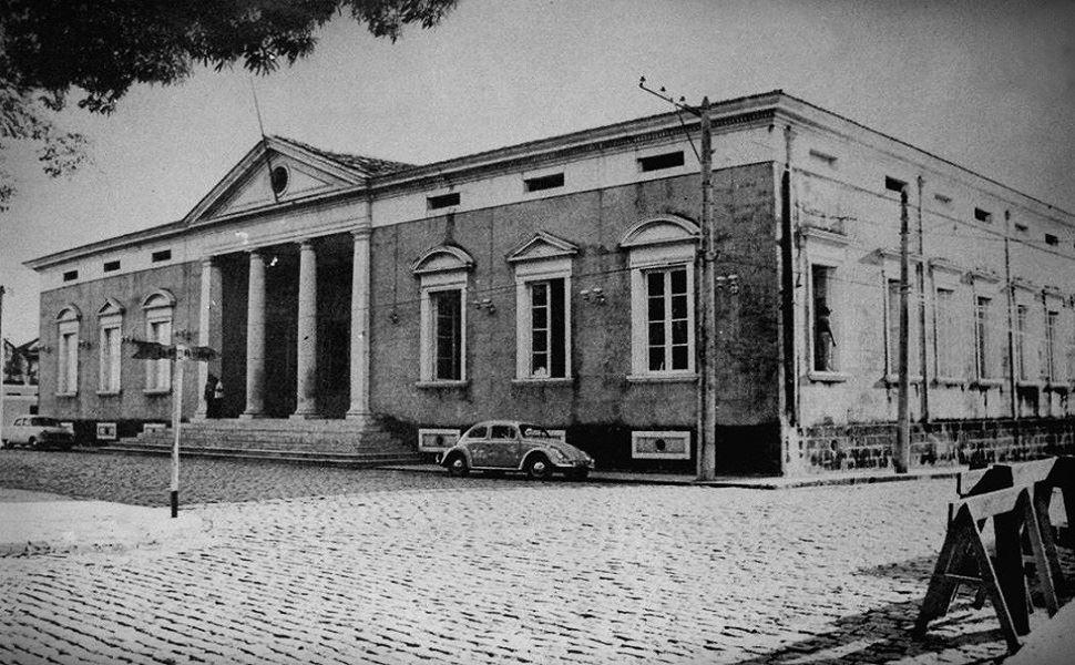 Paço Municipal em seu estilo neoclássico - Instituto Durango Duarte
