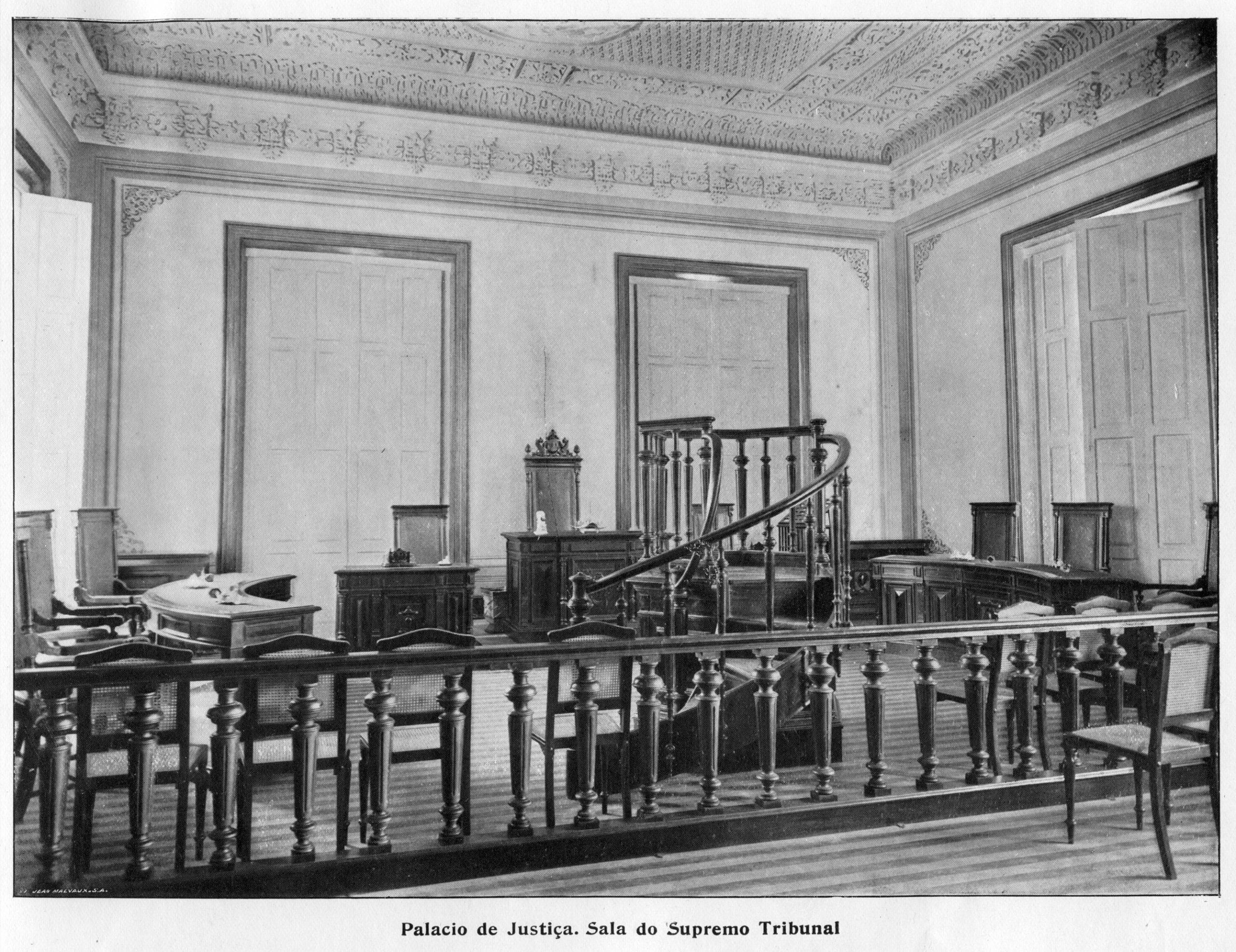 Sala do Supremo Tribunal no Palácio da Justiça