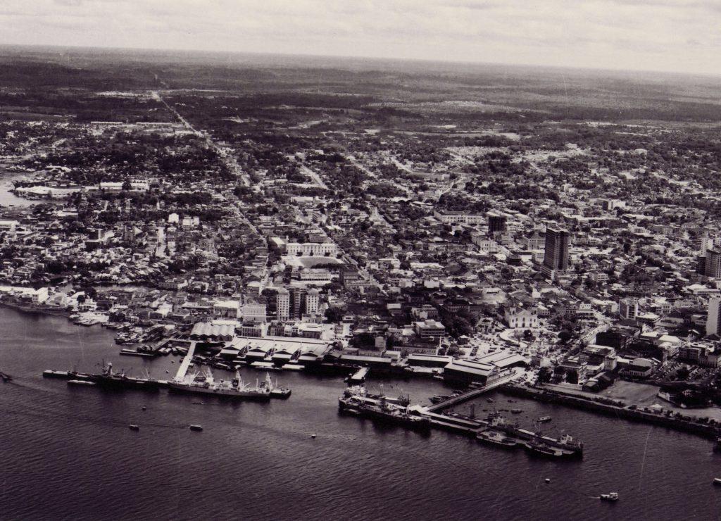 Vista do Porto de Manaus e da Matriz - Instituto Durango Duarte
