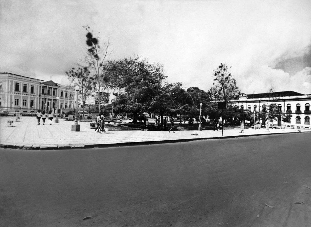 Durango Duarte - Praça Heliodoro Balbi (3)