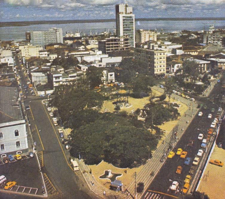 Praça Heliodoro Balbi e antiga Praça Roosevelt