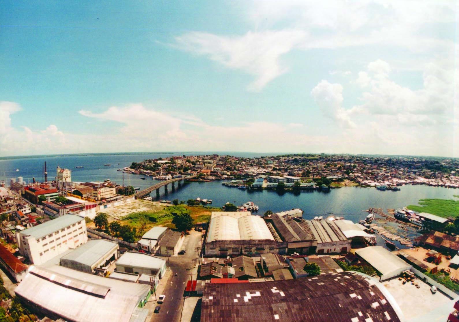 Vista aérea da Ponte Senador Fábio Lucena