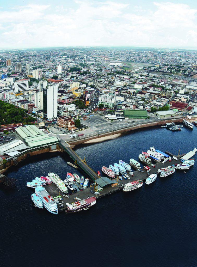 Vista aérea do Porto da cidade de Manaus