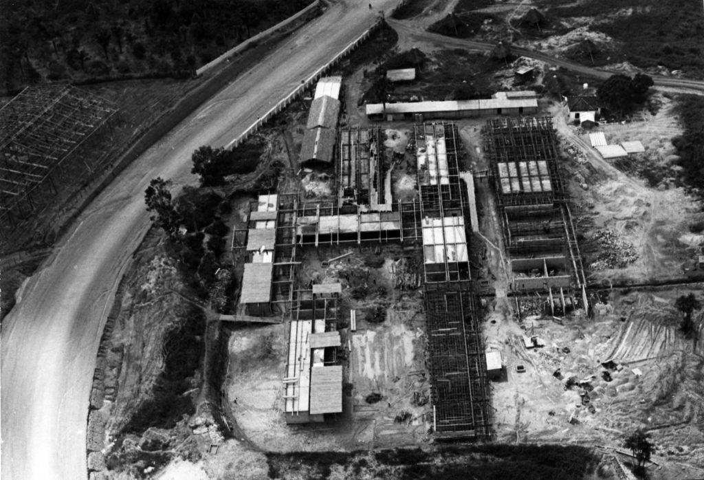 Vista aérea da Utam - na Avenida Darcy Vargas em Construção