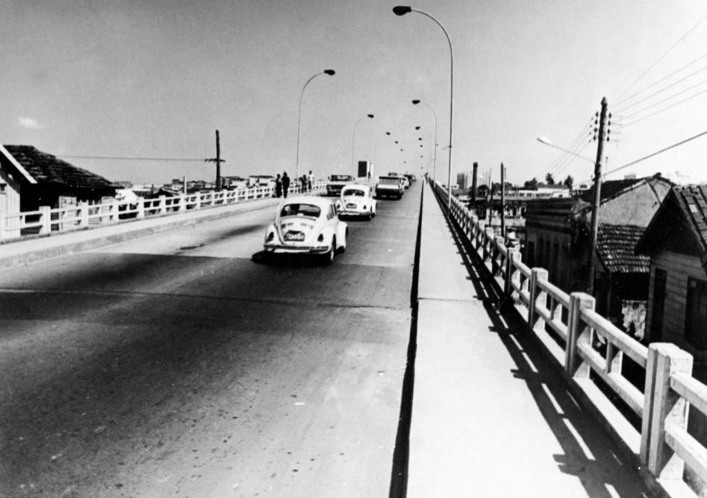 Vista da Ponte Antônio Plácido de Souza