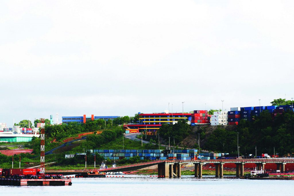 Vista das Instalações do Super Terminais