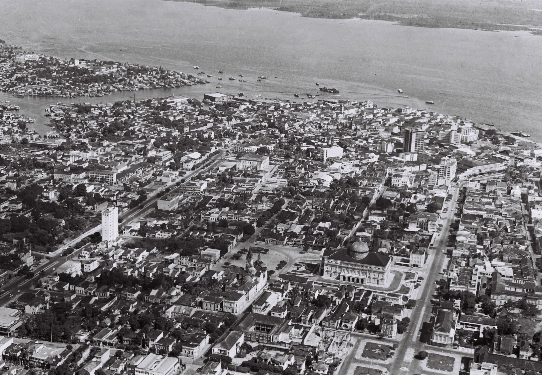 Vista aérea do Centro e do bairro Educandos - Instituto Durango Duarte