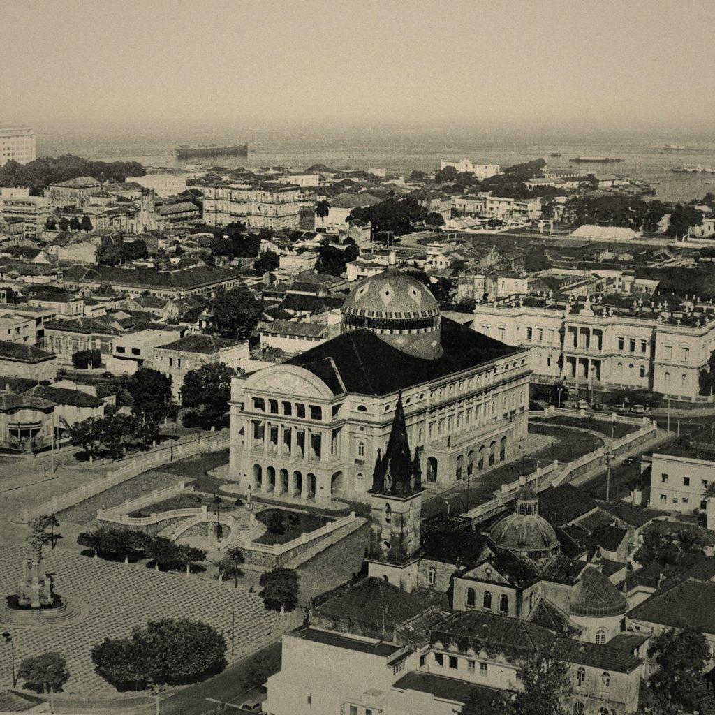 Vista Panorâmica do Teatro Amazonas
